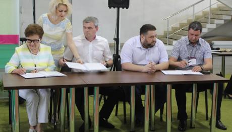 В Запорожье стартует пилотный проект по сортировке мусора