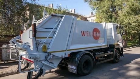 «Вельтум-Запоріжжя» вивозить сміття з книжкового фестивалю «TOLOKA»